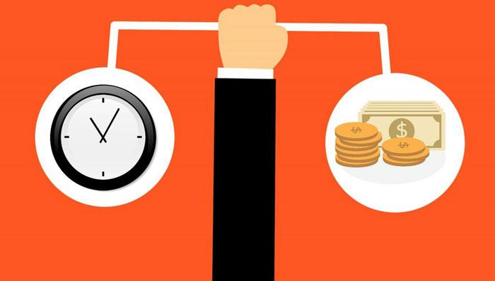 時計とお金を比較