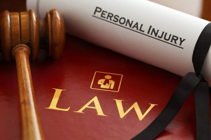 債権の回収を請け負う弁護士