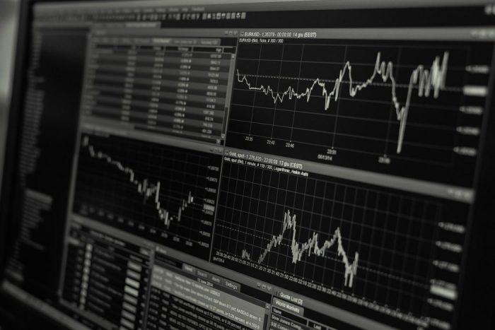 与信管理で収益を拡大させているチャート