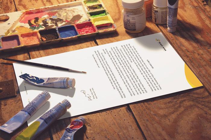 契約書とペンキ